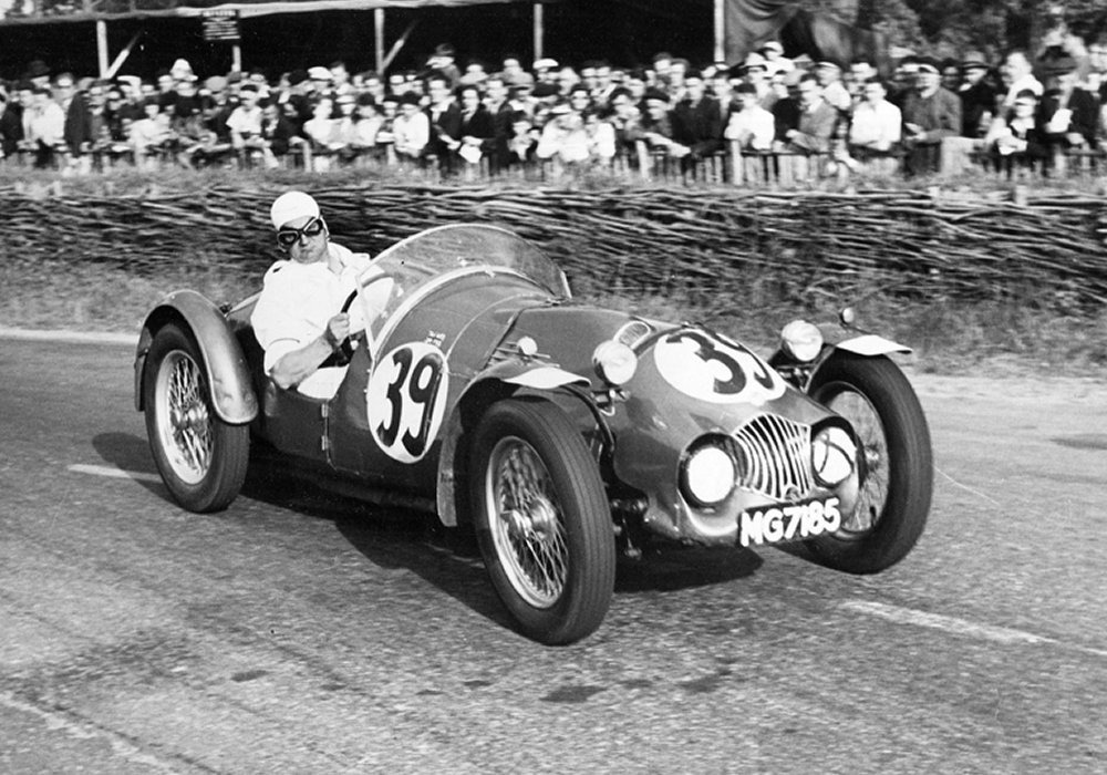 GEORGE PHILLIPS AND HIS MG RACE CARS | Simanaitis Says